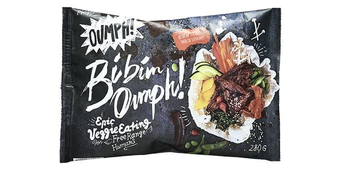 Bibim Oumph! er en koreanskinspirert smak som passer godt i asiatiske retter. Finnes i utvalgte KIWI-butikker.