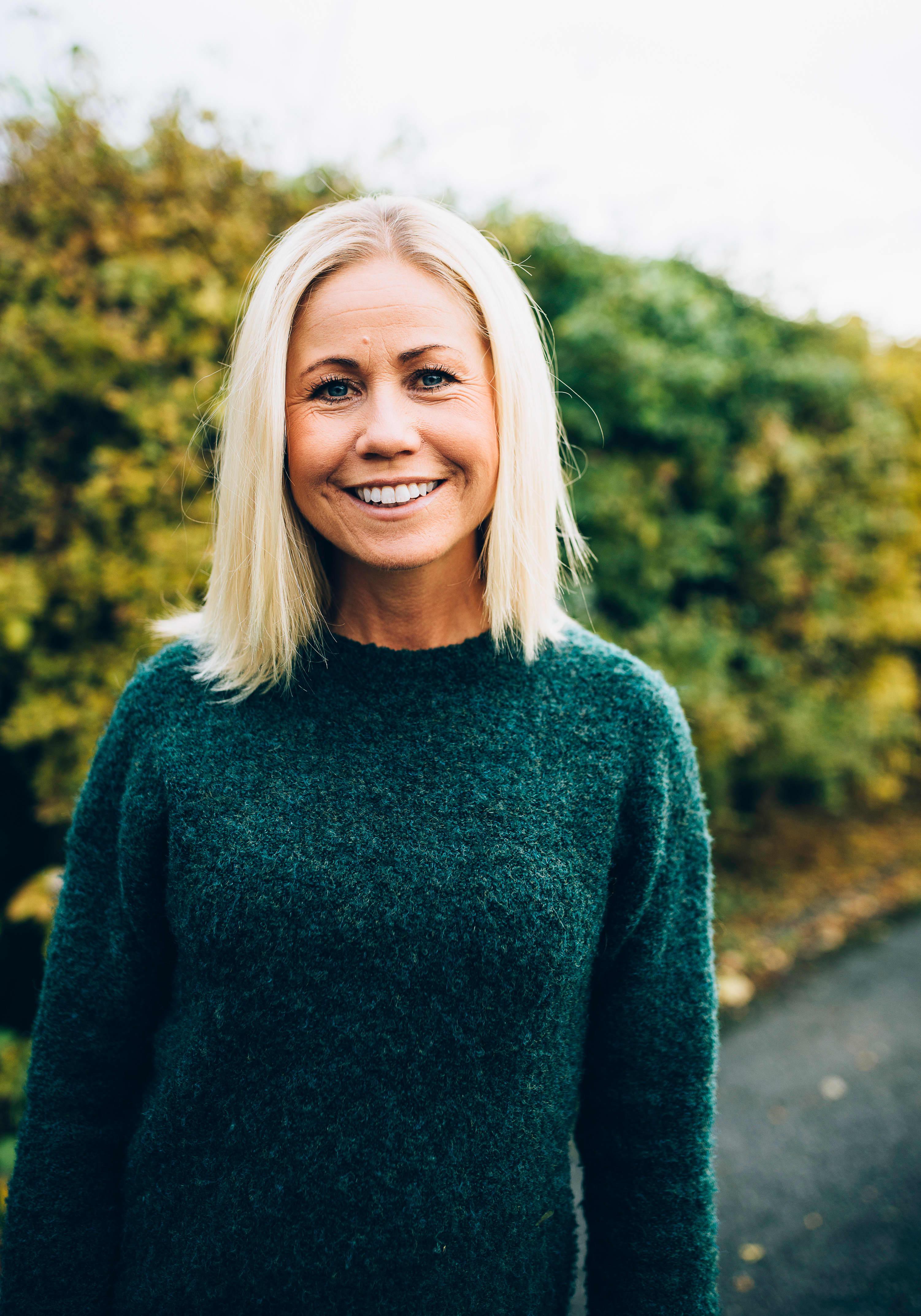 Klinisk ernæringsfysiolog og tobarnsmor Tine Sundfør mener middagsglass er en super løsning for travle småbarnsforeldre.