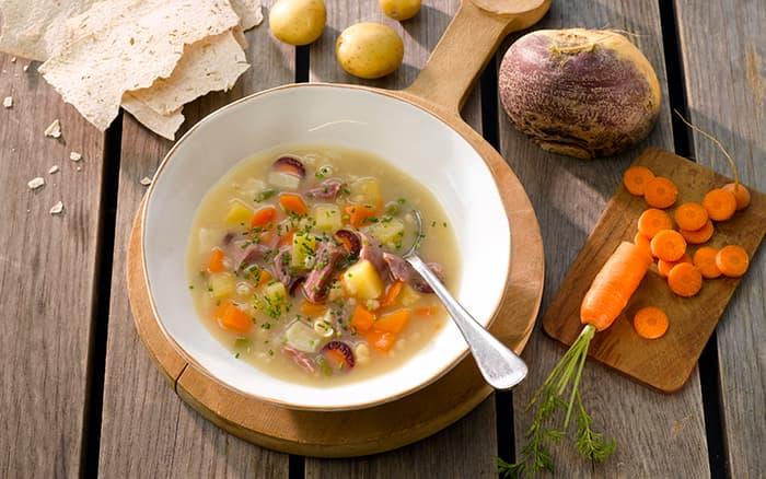 TORO Betasuppe er én av mange TORO-supper som har blitt saltredusert og nå ligger innenfor Helsedirektoratets saltmål, som er under 0,8 gram salt per 100 gram vare.