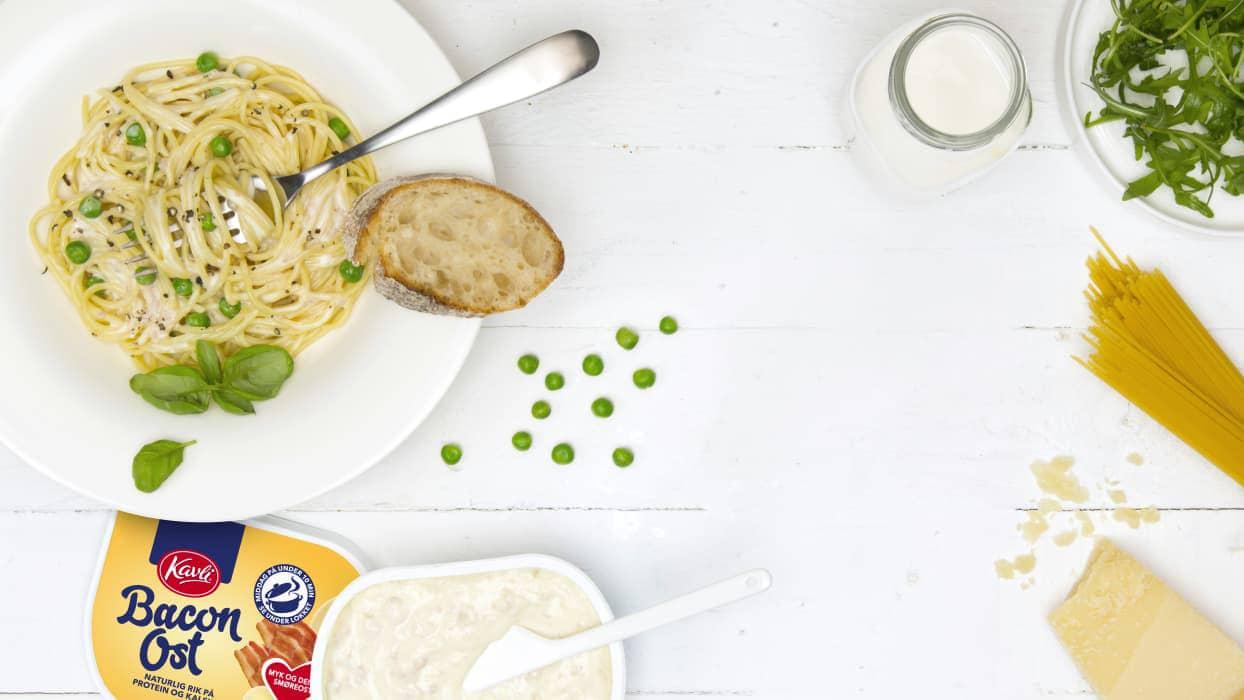 Kavli Baconost + pasta = en nydelig Kavlionara! Foto: Kavli
