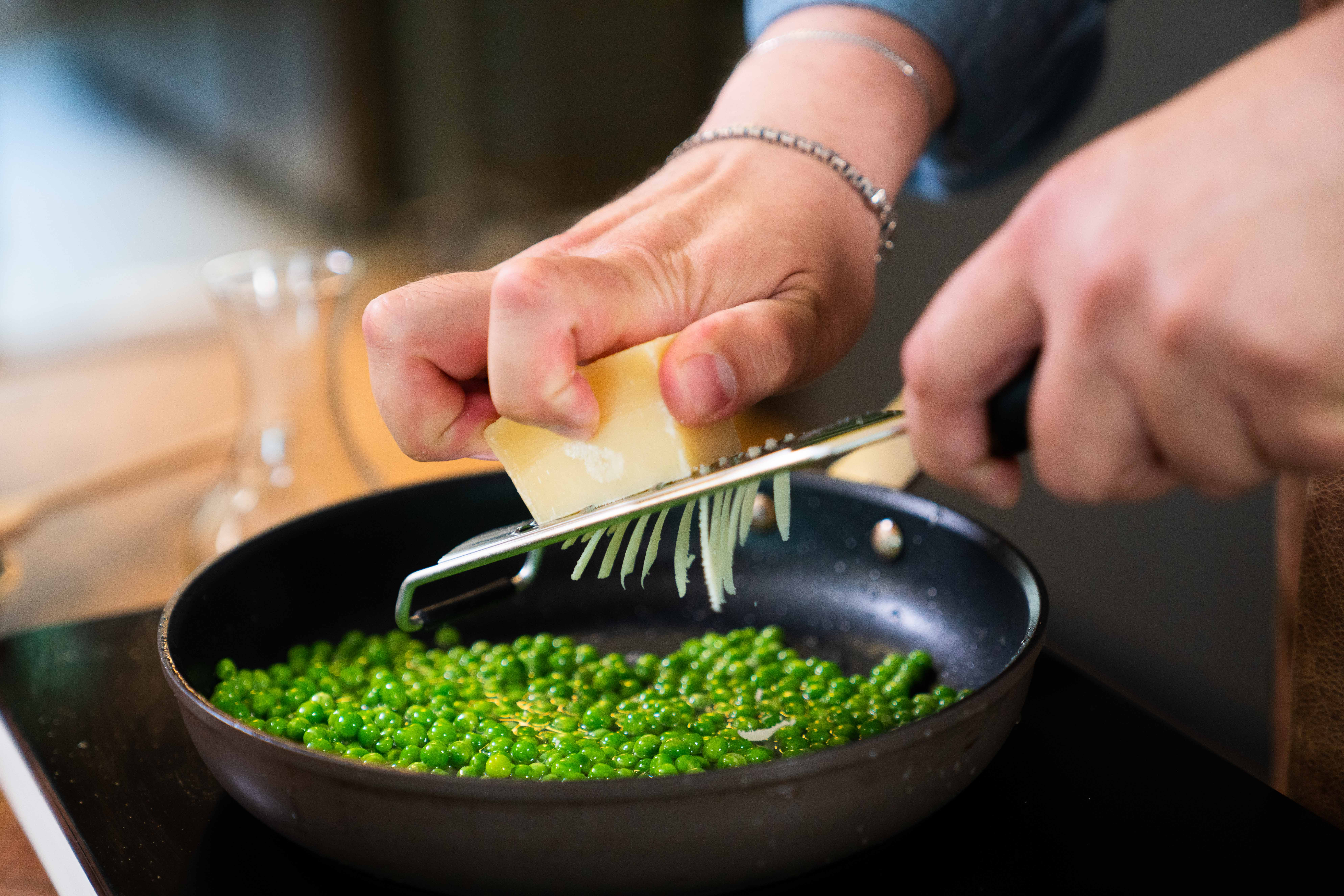 Erter passer utmerket med parmesan! 📸Findus