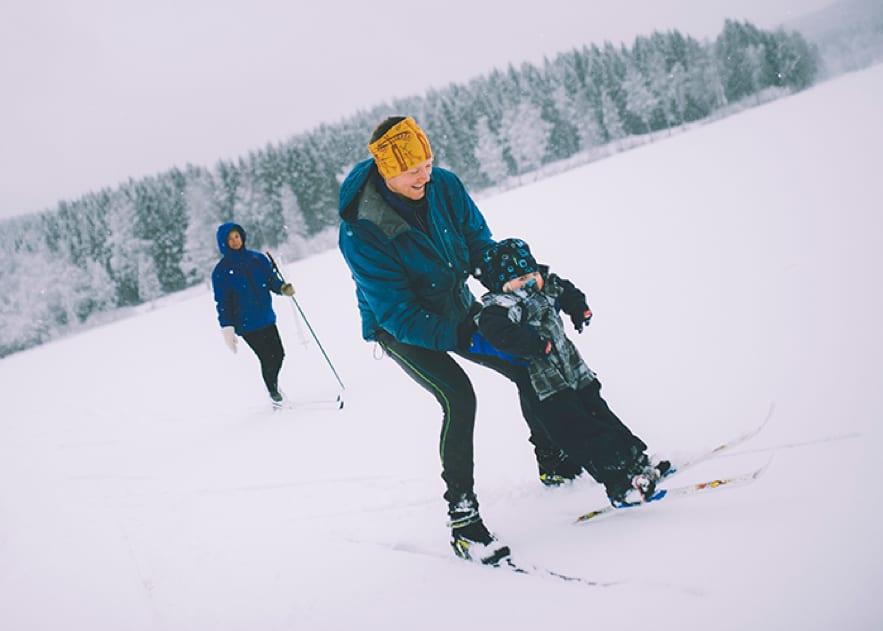 Ta med familien ut på skitur. Både store og små.