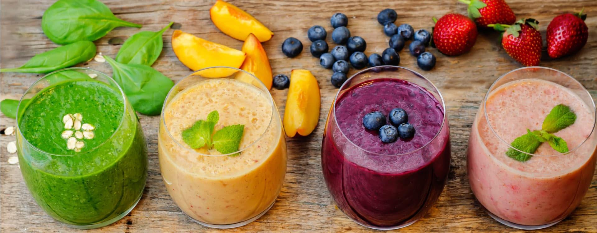Lag deg smoothies - en superenkel og god måte å få i seg mer frukt og grønnsaker på.