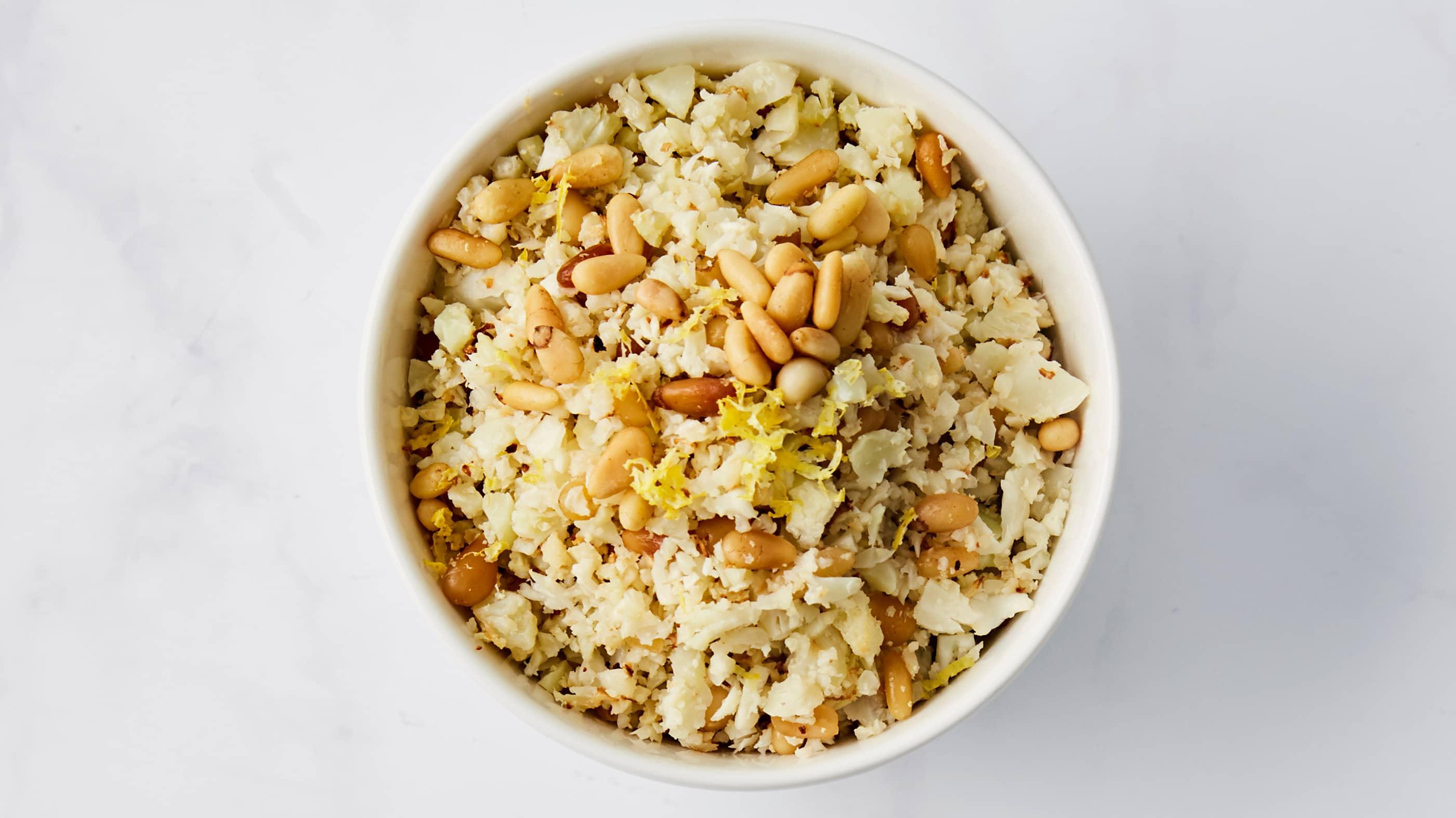 Blomkålris er et fint alternativ til ris, pasta og couscous.
