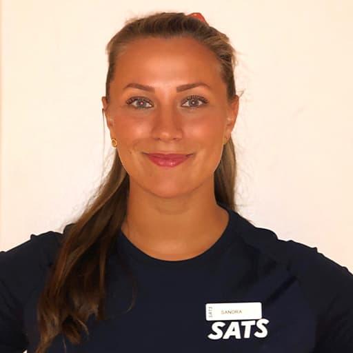 Personlig trener Sandra Gavrilov anbefaler deg å bruke sports-BH når du trener.