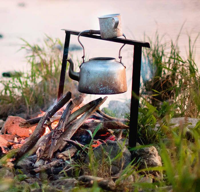 Å lage bålkaffe selv gjør at turen smaker ekstra godt. Er det ikke mulig eller forsvarlig å fyre opp bål, er ALI kaffe også spesielt egnet for å holde lenge på den gode smaken på termos.