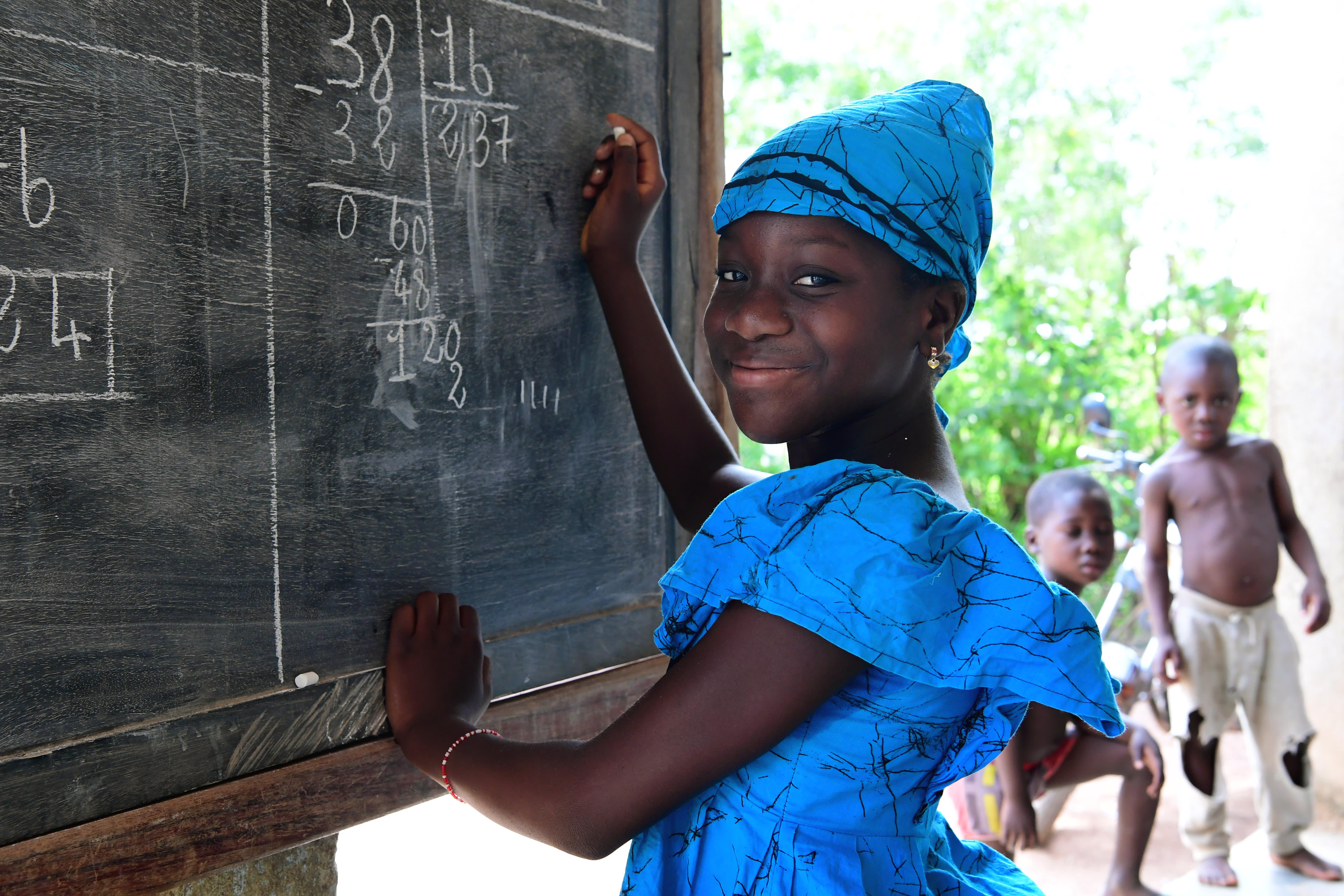 KIWI og UNICEF jobber sammen for å gi barn et bedre liv. Foto: UNICEF/Dejo