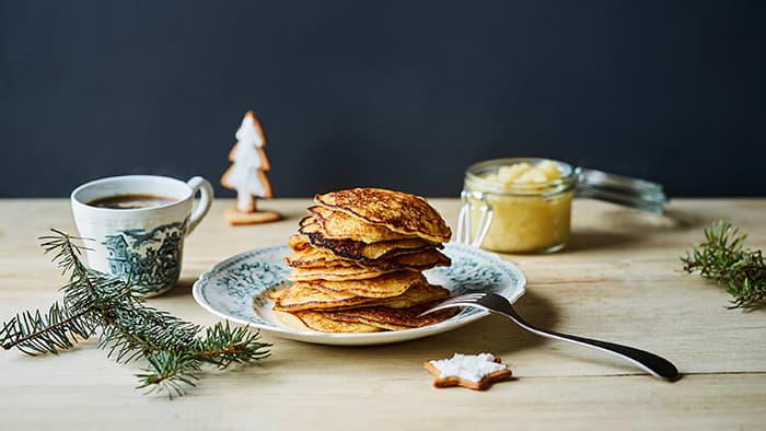 Rester etter risgrøt eller riskrem kan bli til de herligste frokost-rislapper i julen.