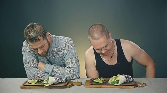 Morten og Runar liker best burger og biff. Salat er noe som dyr spiser.