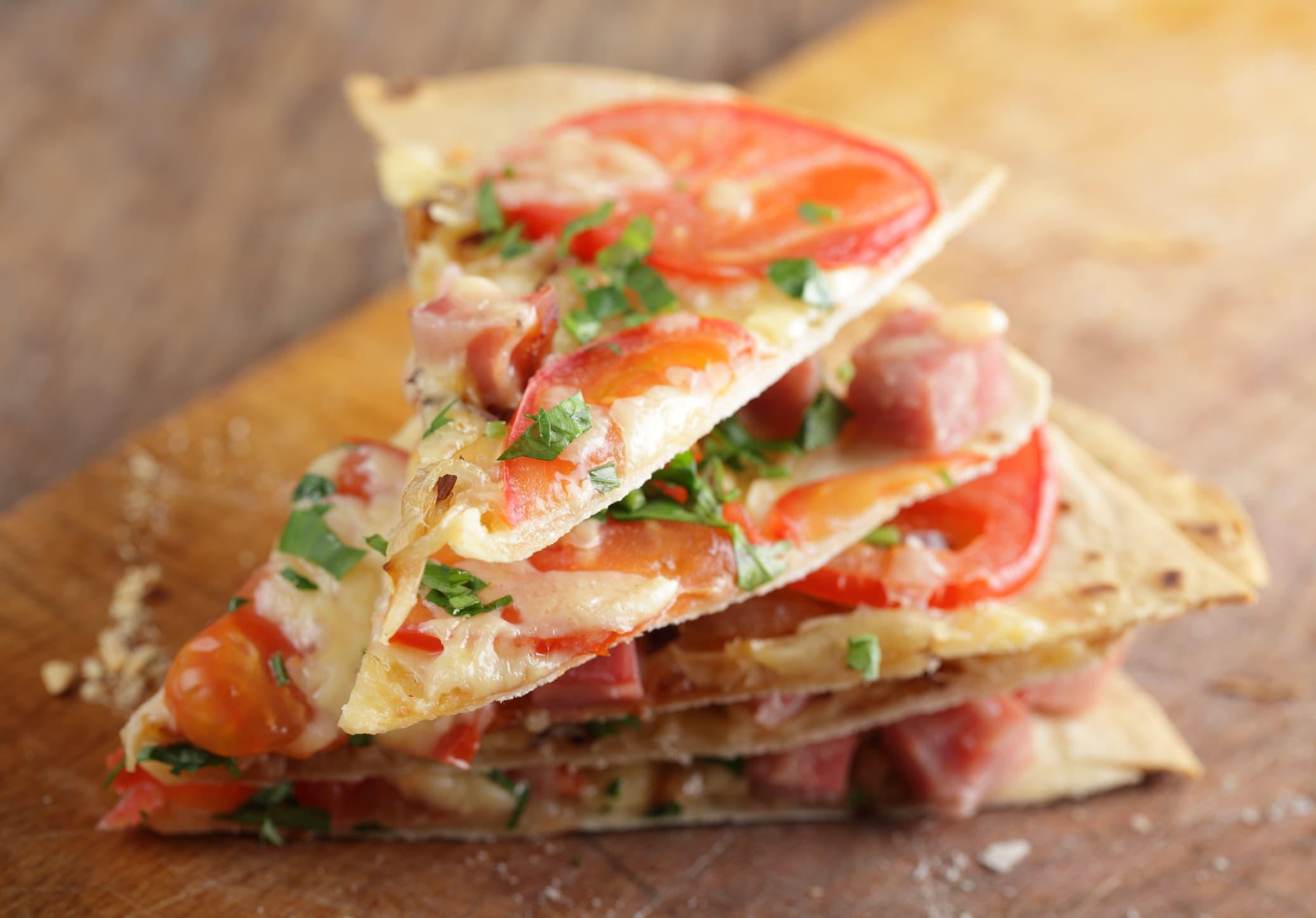 Visste du at tortillalefser egner seg godt som pizzabunn?