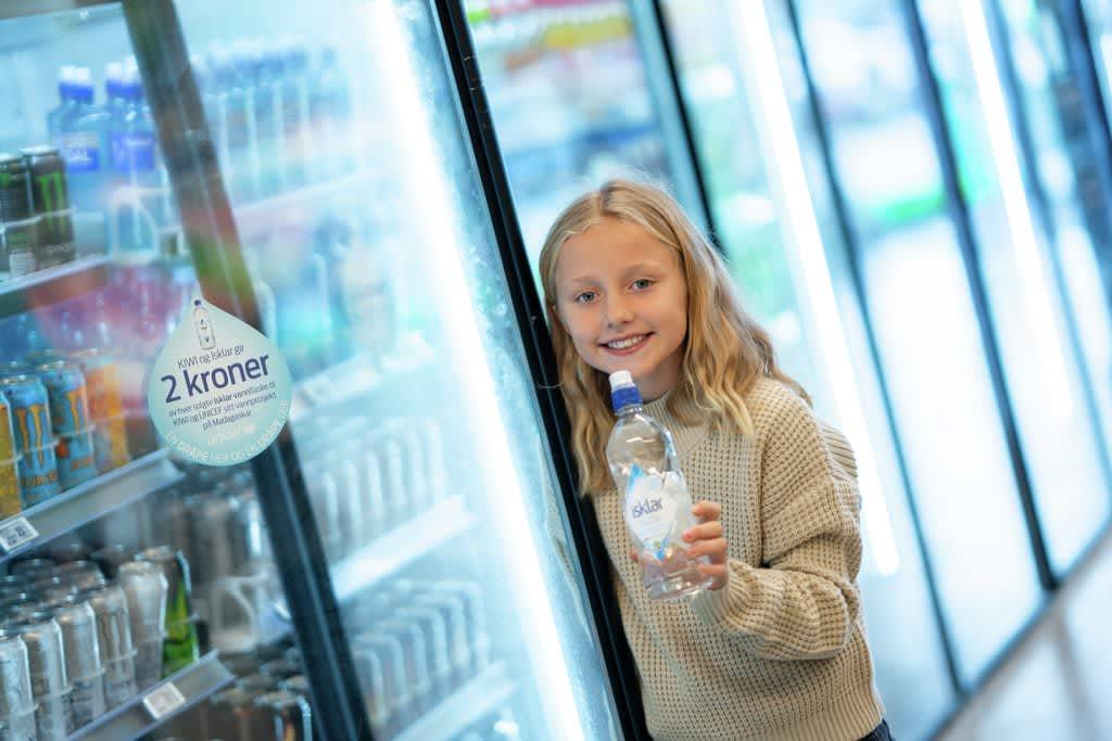 Sammen med Isklar donere vi 2,- kroner av hver solgte vannflaske til Madagaskar-prosjektet.