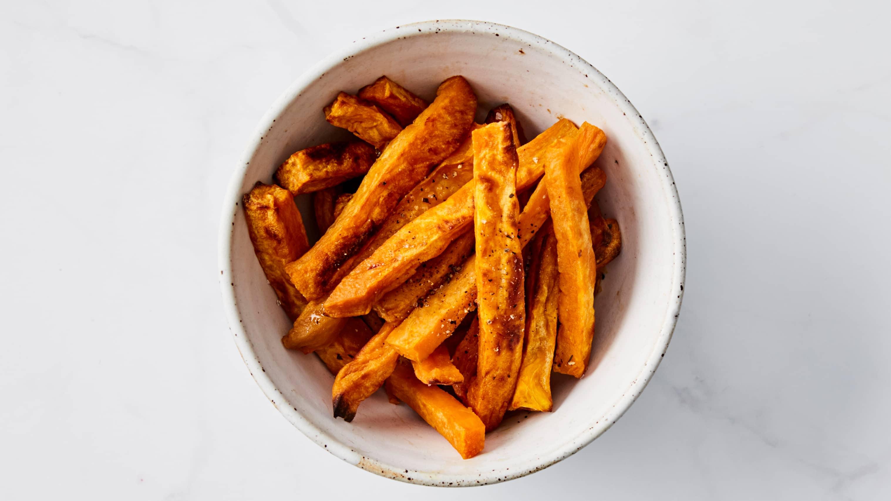 Søtpotetfries er et supert alternativ til pommes frites.
