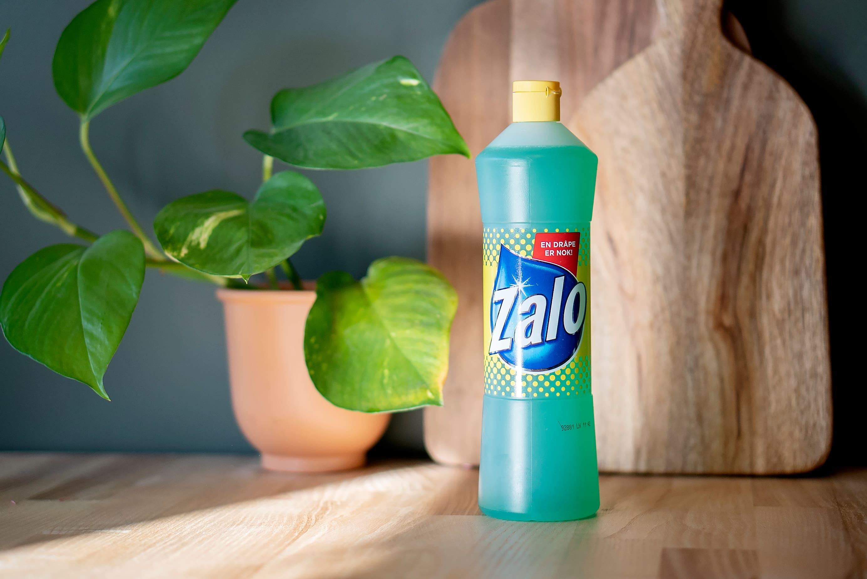 En flaske med Zalo kan brukes til det aller meste. 📸 Orkla