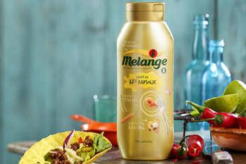 Flytende Melange inneholder mindre mettet fett enn hardere margarin og smør
