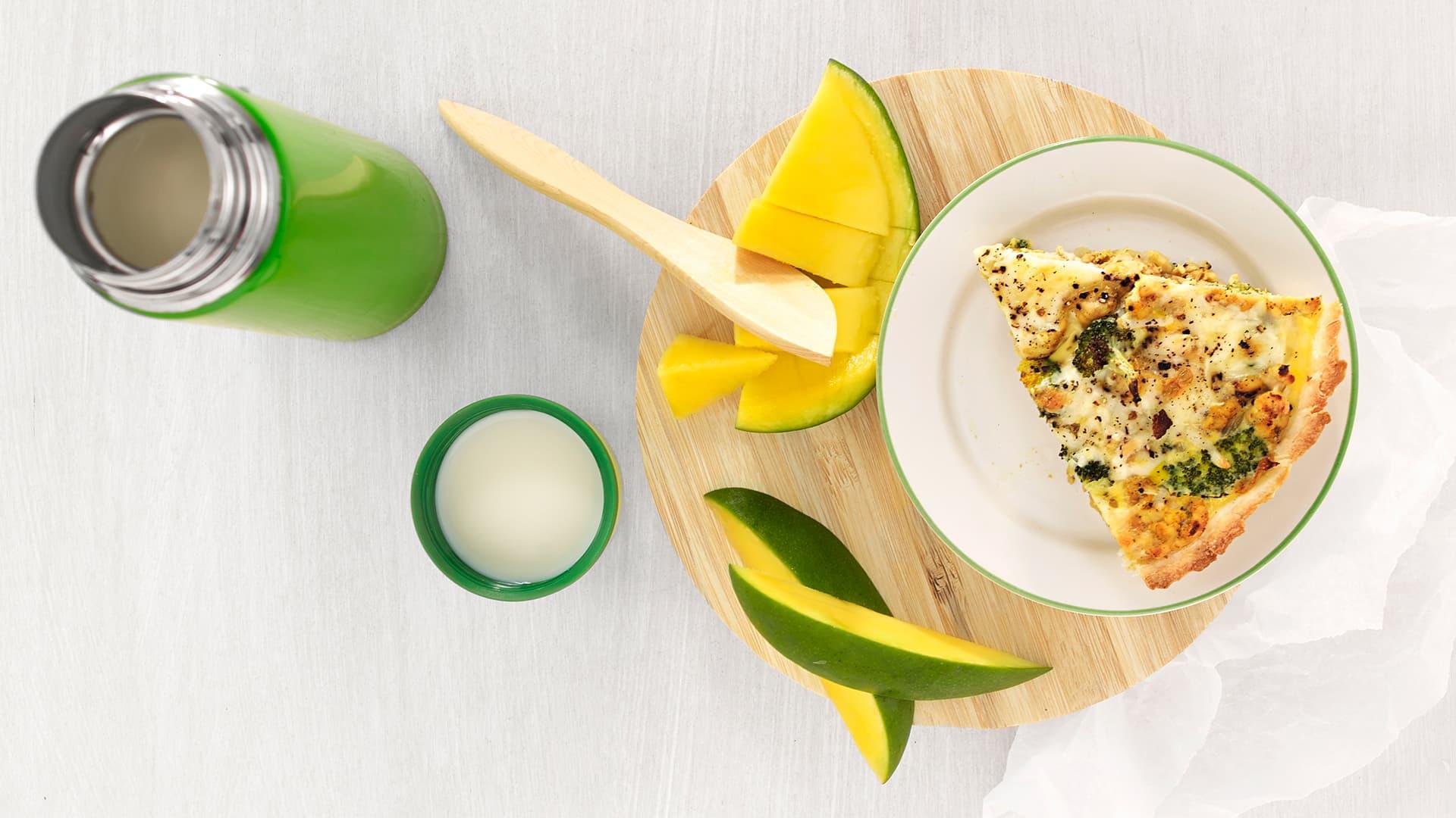 Kyllingpai med brokkoli og løk er perfekt til l lunsj eller i matpakke på jobb og skole. I denne kyllingpaien får du både brokkoli og løk!