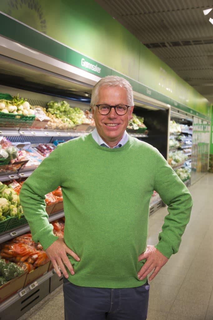 KIWI-sjef Jan Paul Bjørkøy ønsker å rette en stor takk til kundene for tilliten.