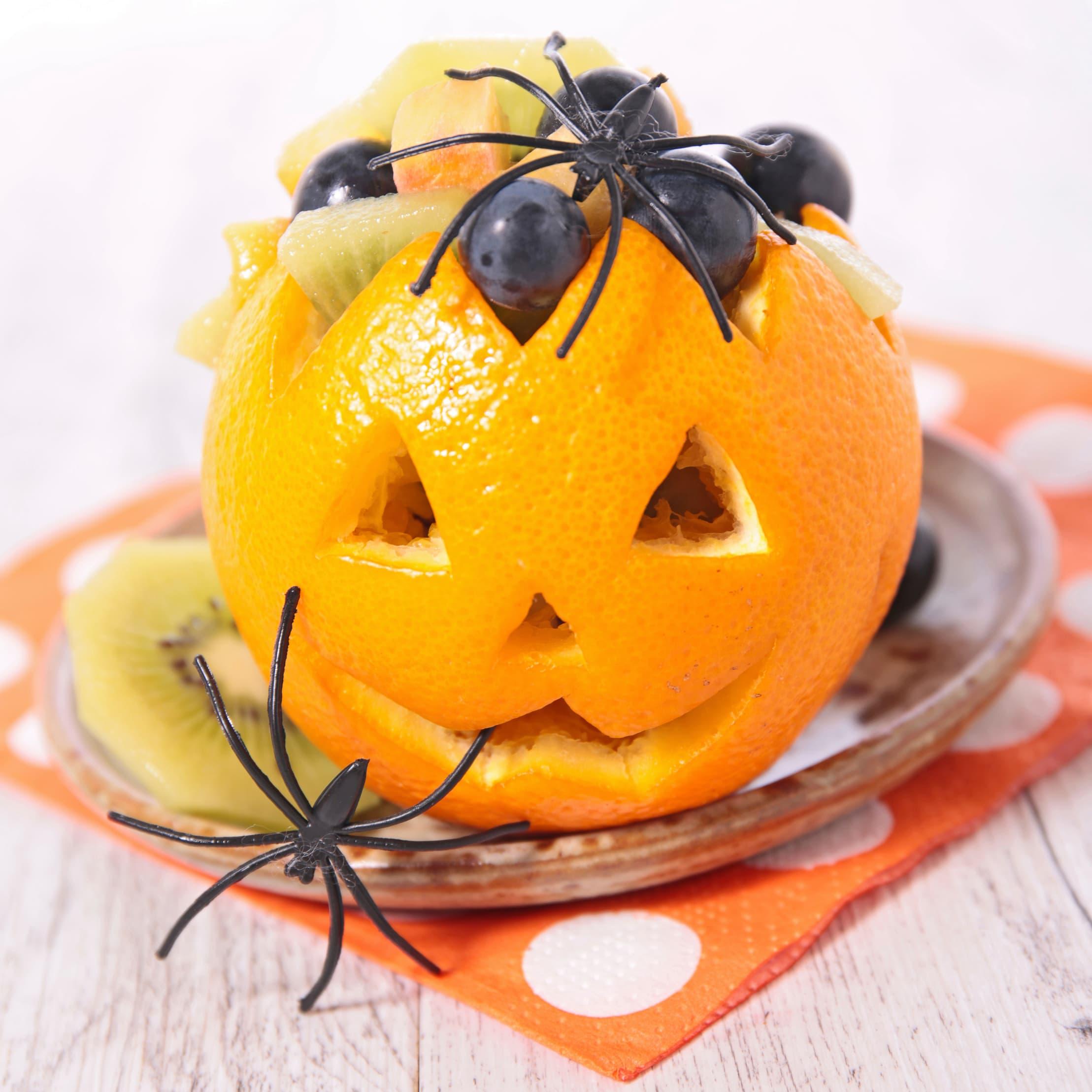 Med en appelsinlykt får du i både pose og sekk: En Halloween-lykt med god lukt. Foto: iStock