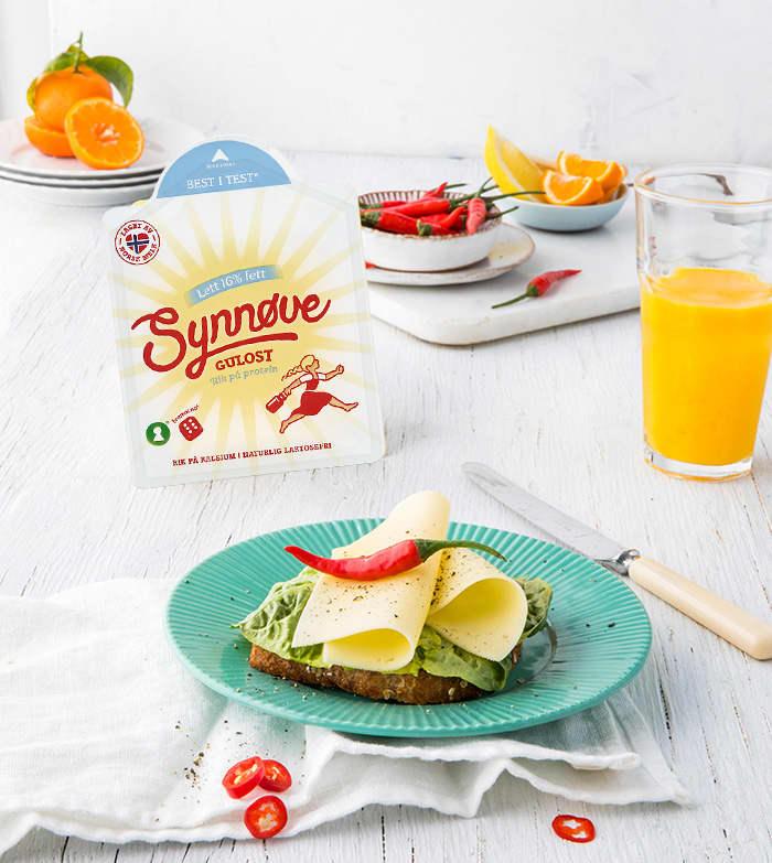 – Gulost blir naturlig laktosefri gjennom produksjonsprosessen, forteller kategorisjef Mikkel Haugstveit i Synnøve Finden.