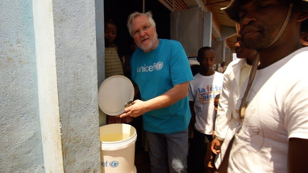 For bare 50,- kroner kan UNICEF rense 6000 liter vann.
