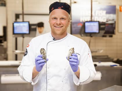 Slik åpnes og tilberedes østers