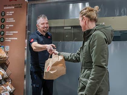 MENY har reddet 300 000 matporsjoner fra å bli kastet