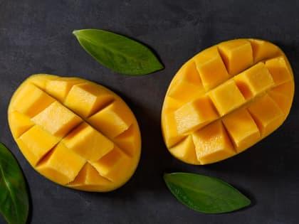 Slik skreller og serverer du mango