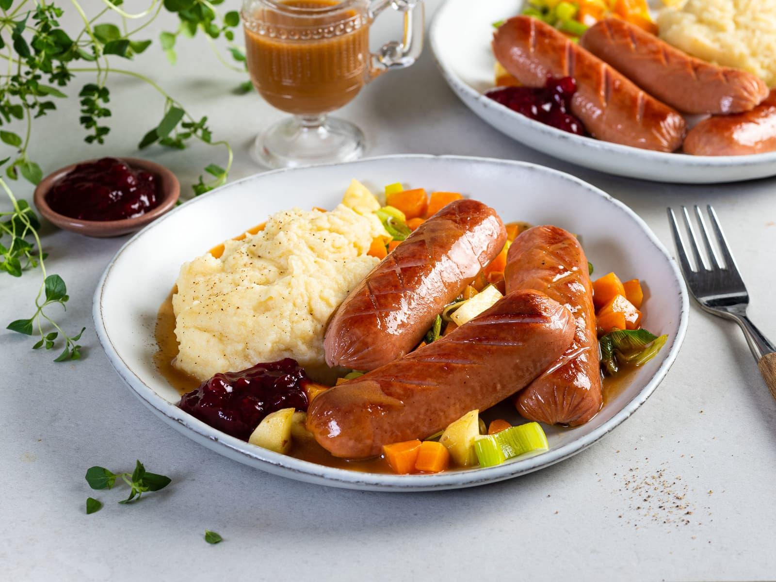Stekte kjøttpølser med rotgrønnsaker