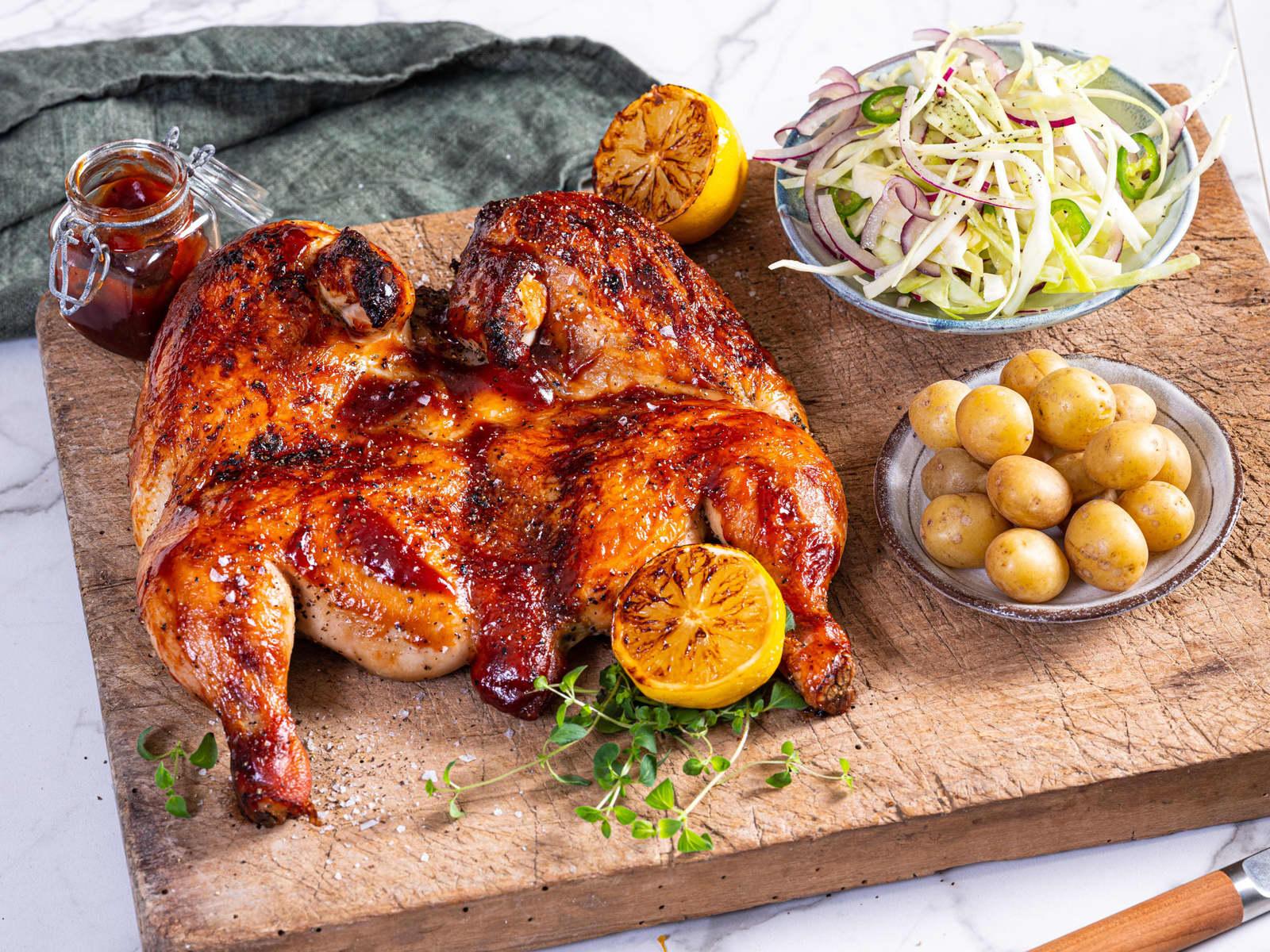 Grillet flatbird med BBQ saus og kålsalat