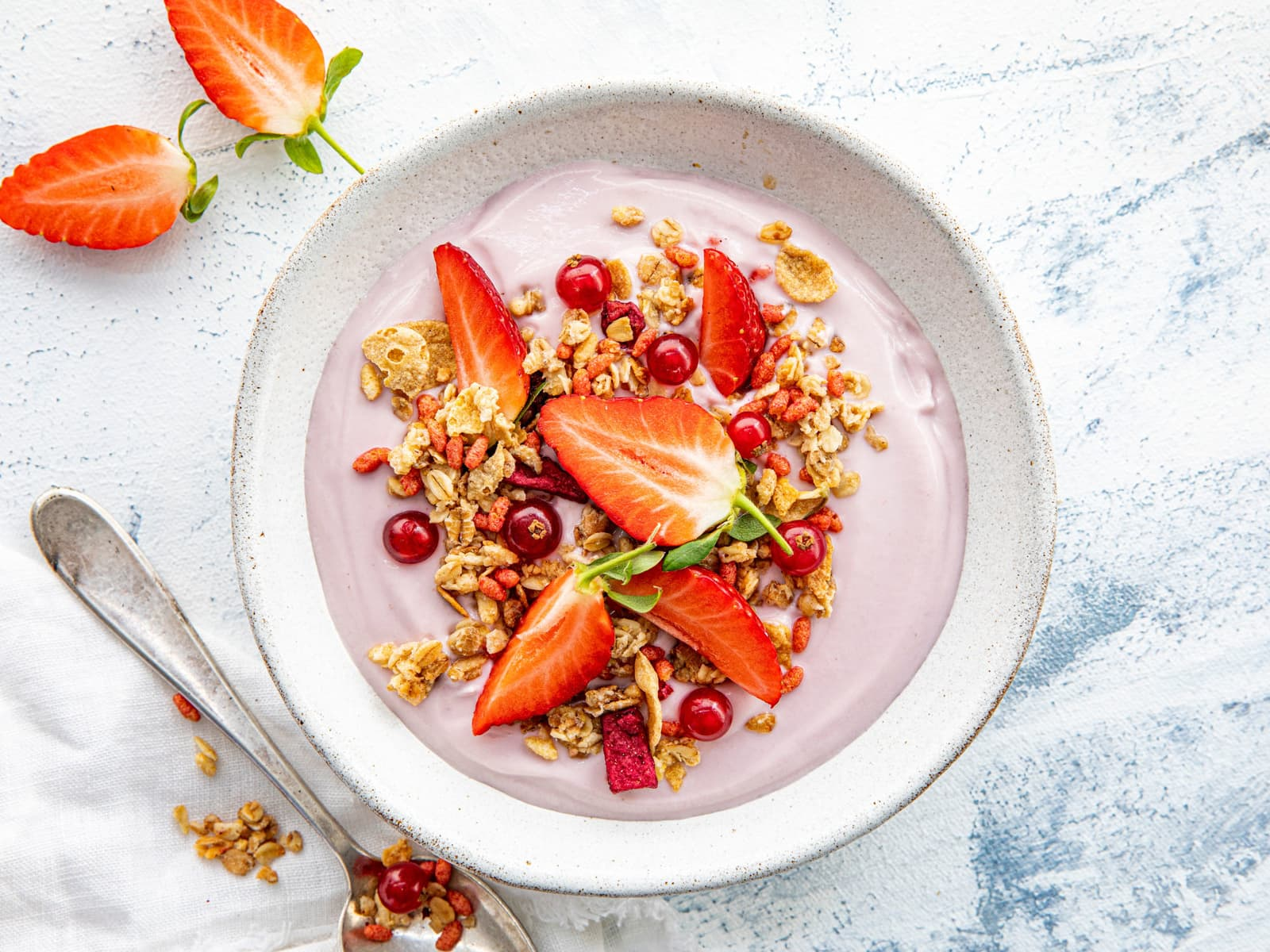 Frokost bowl med jordbær