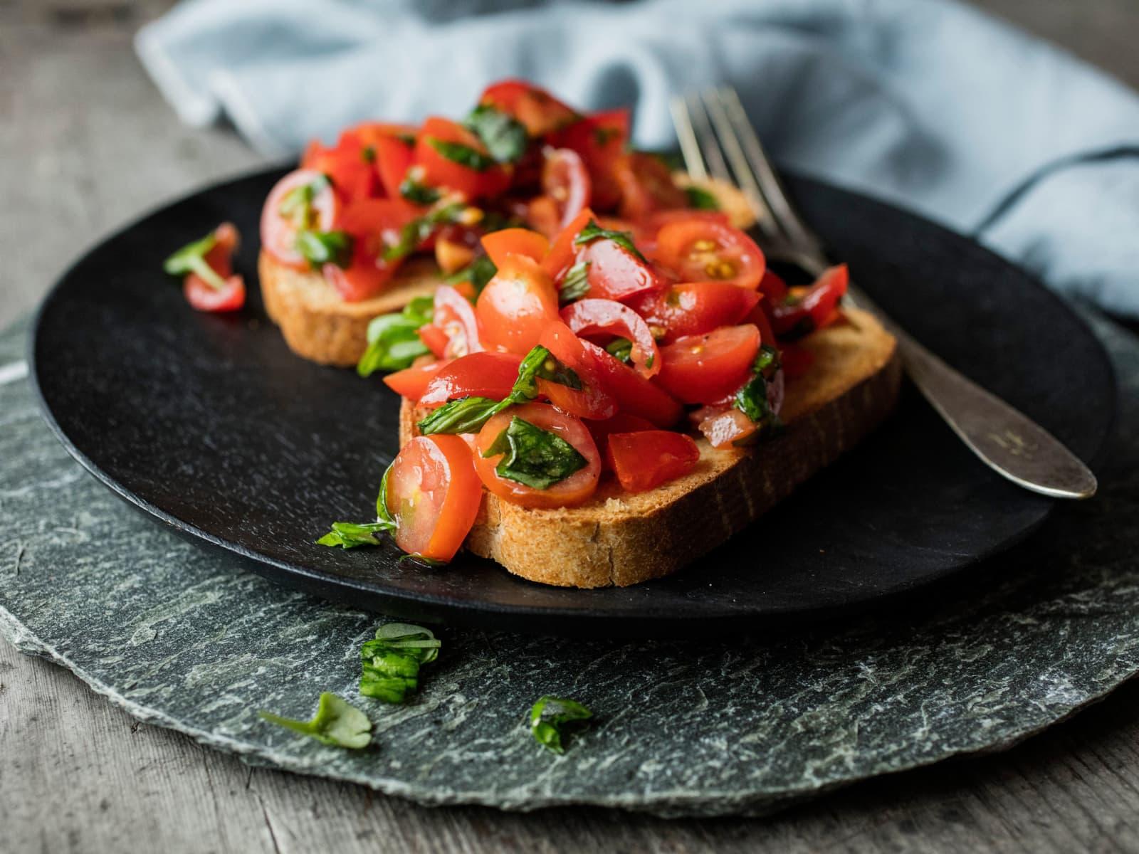 Klassisk bruschetta med tomater