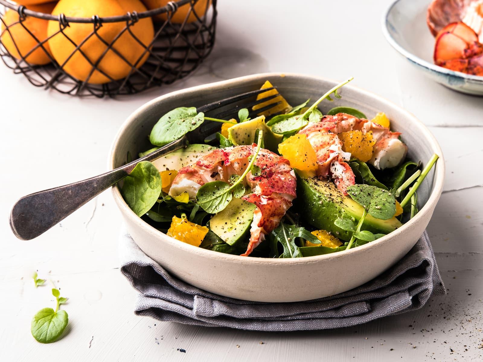 Hummersalat med mango og appelsin