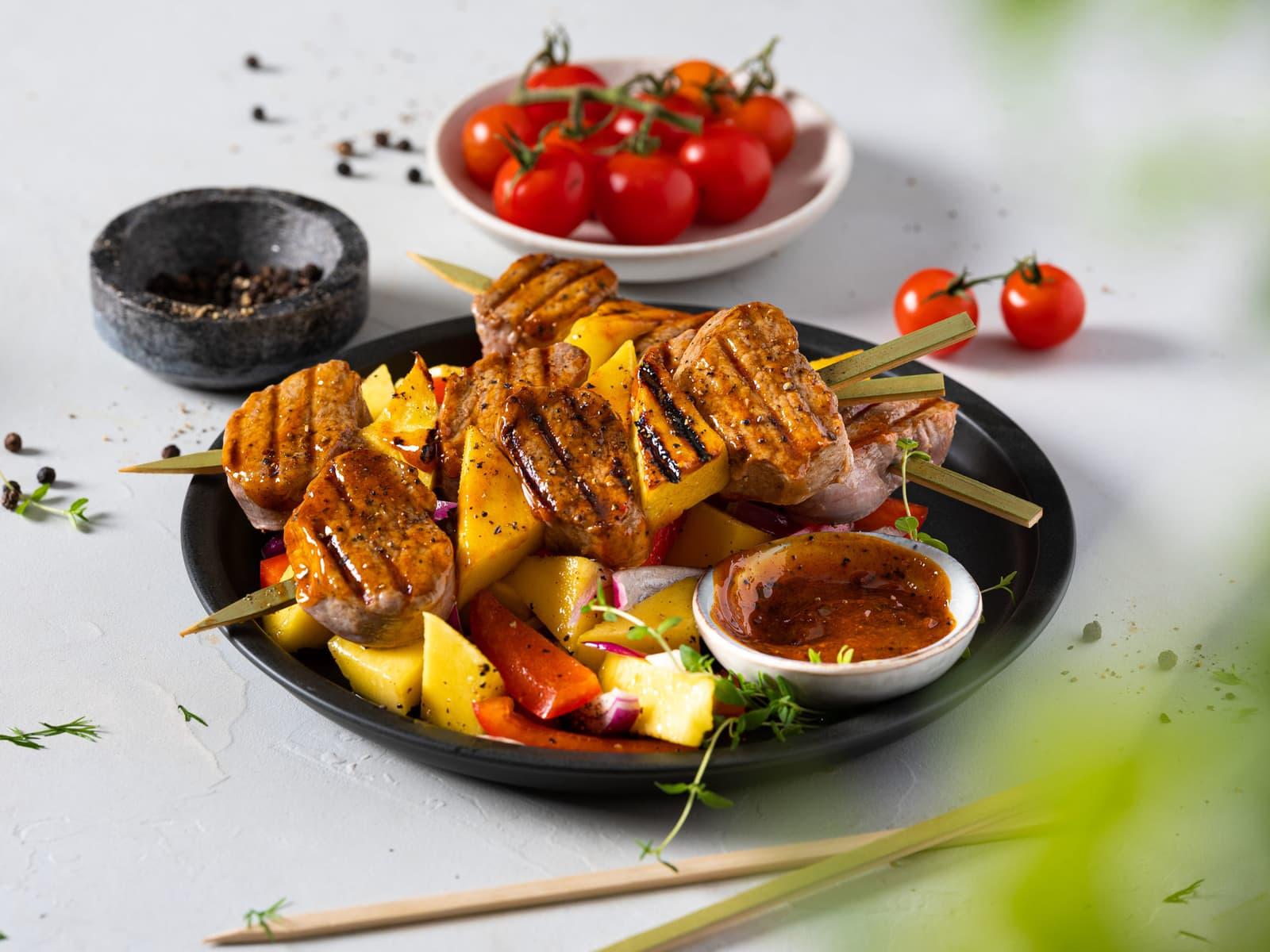 Asiatiske grillspyd med svinefilet