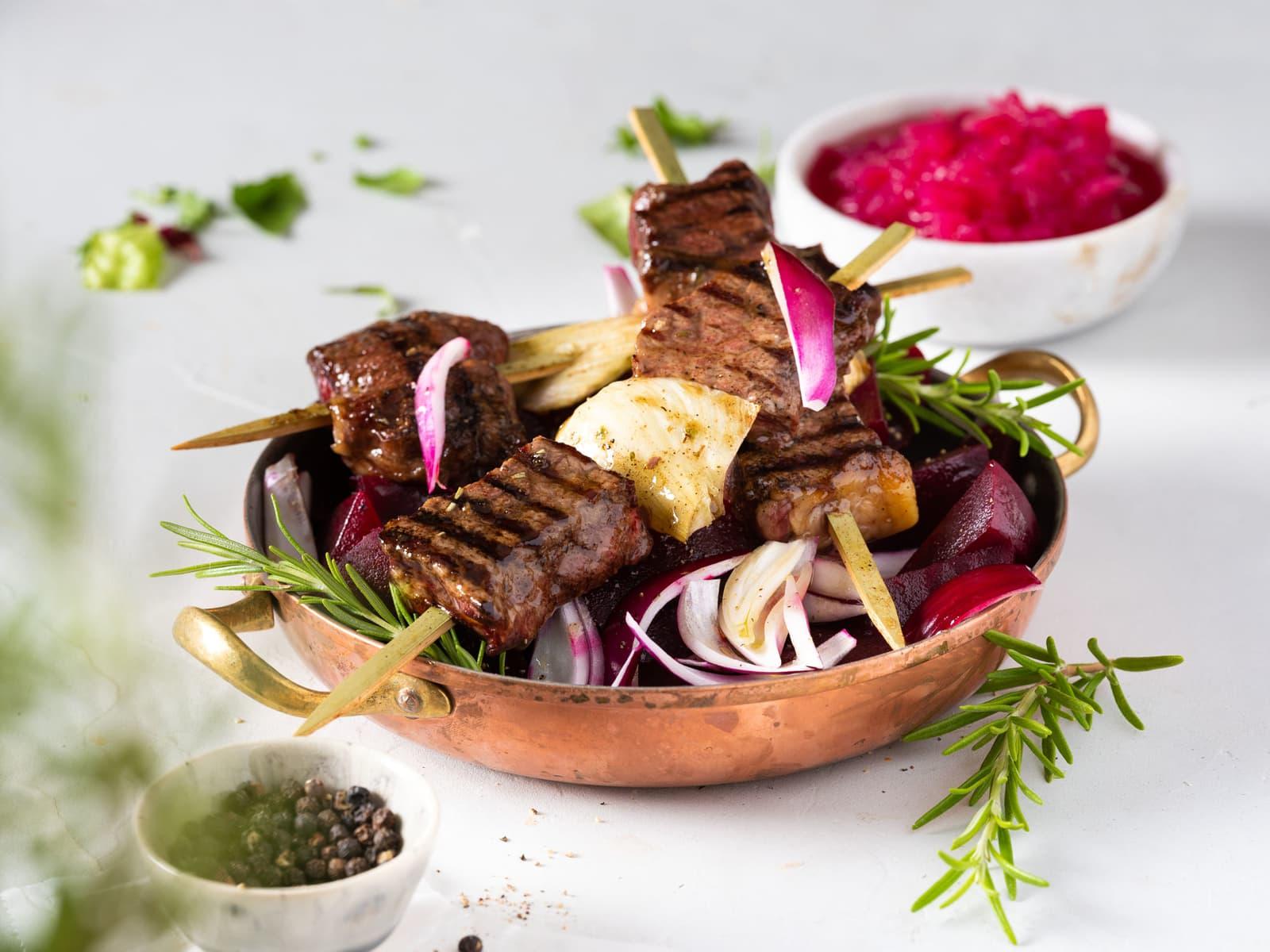 Grillspyd med marinert biff og fennikel