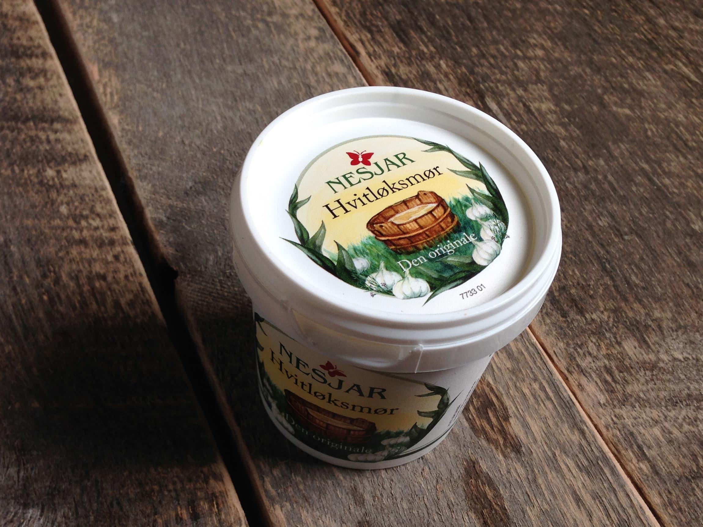 Deilig kryddersmør passer godt til alt fra kylling, fisk og til biffen. Finn din favoritt!