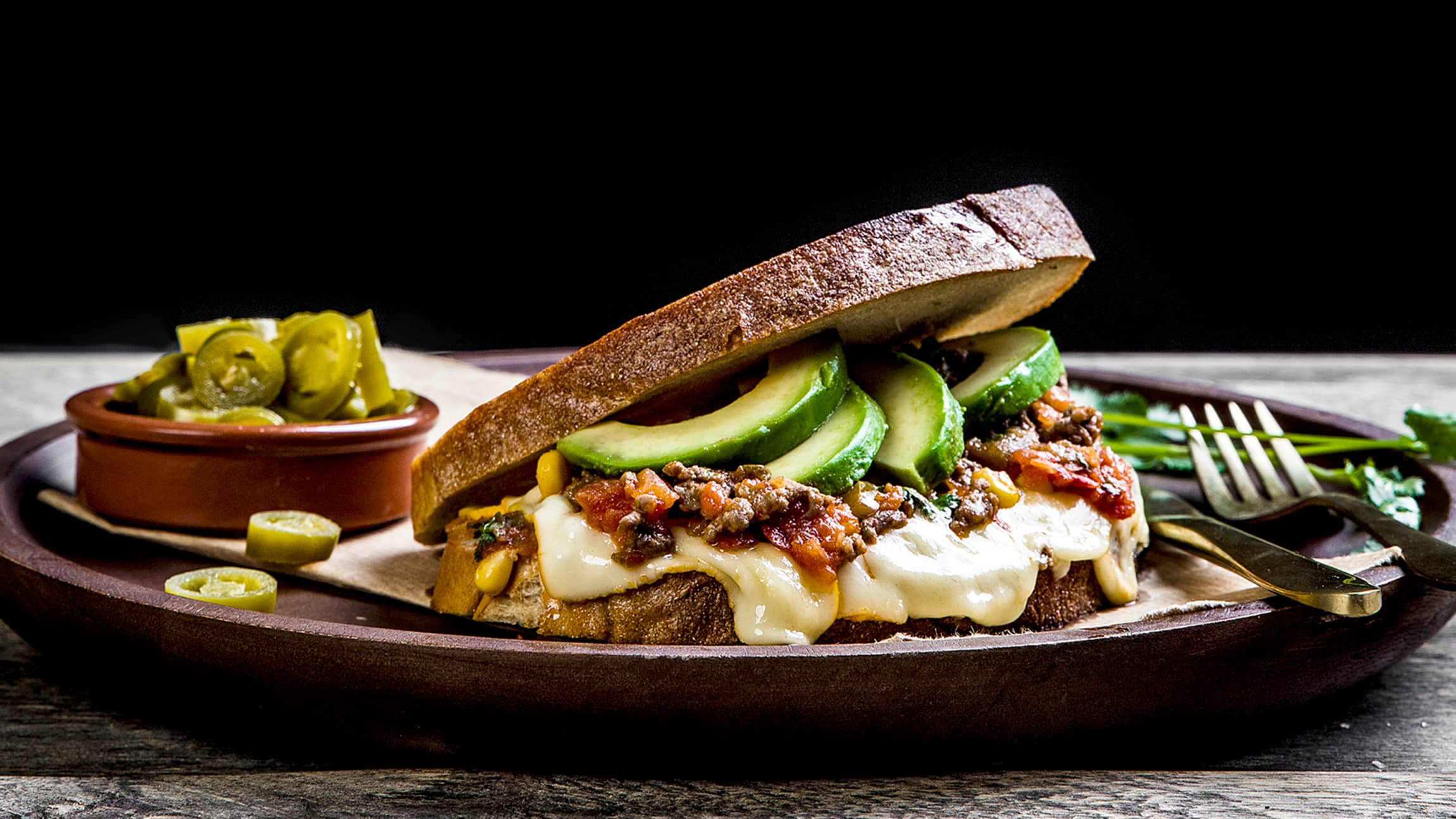 Et skikkelig digg smørbrød med tacokjøtt og Ridder®. Perfekt med gårsdagens tacorester.
