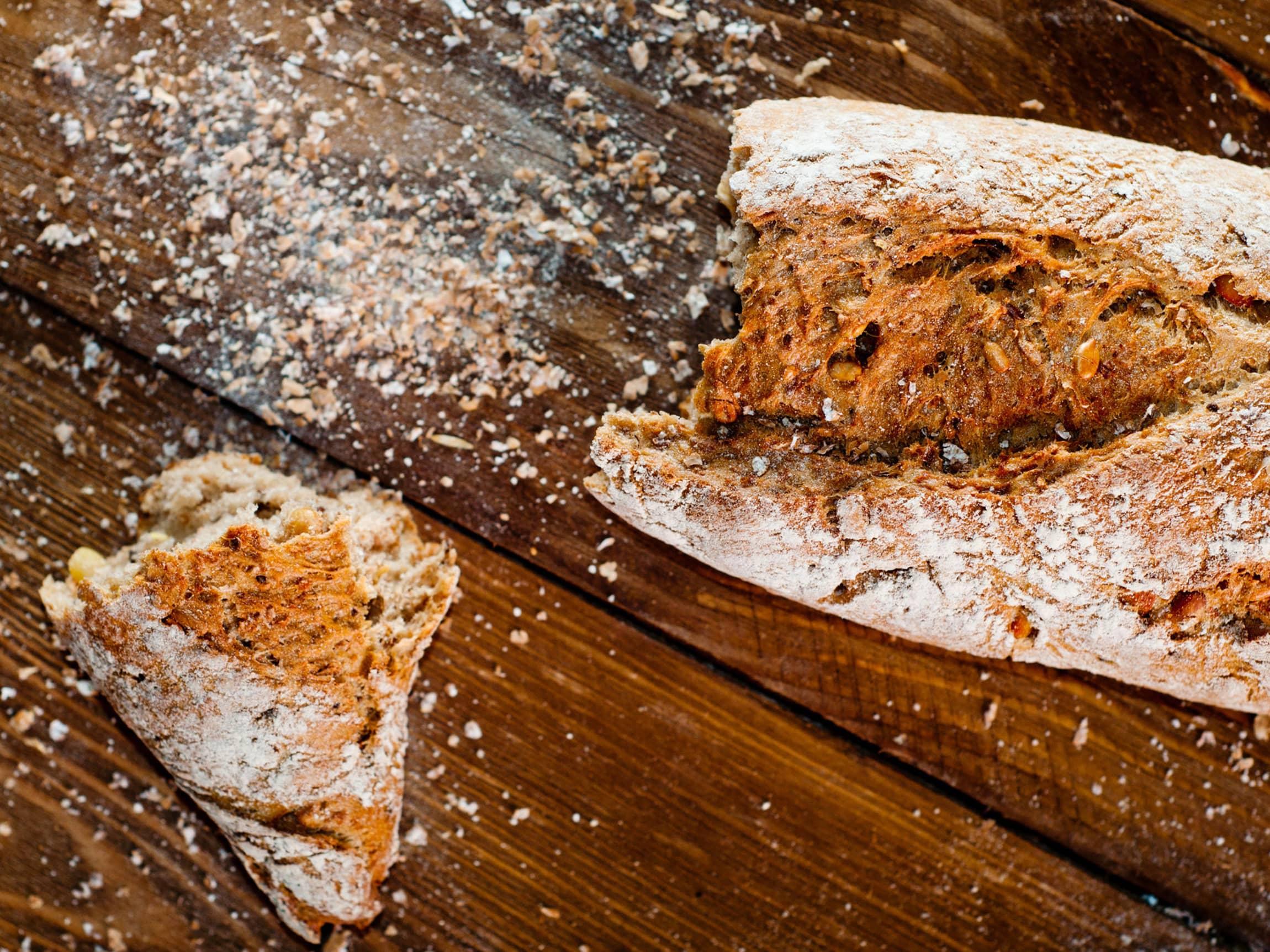 Slik baker du et godt, grovt brød