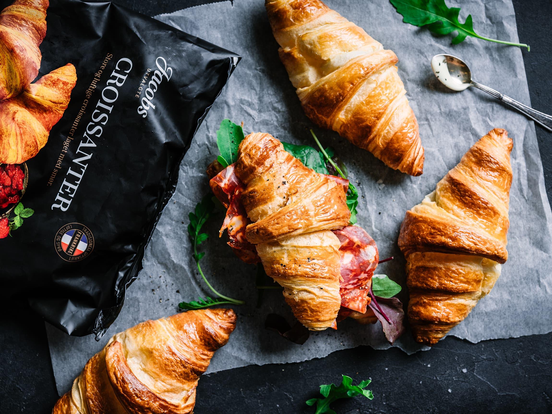 Croissanter er nydelig til frokost. Prøv gjerne med pålegg på!