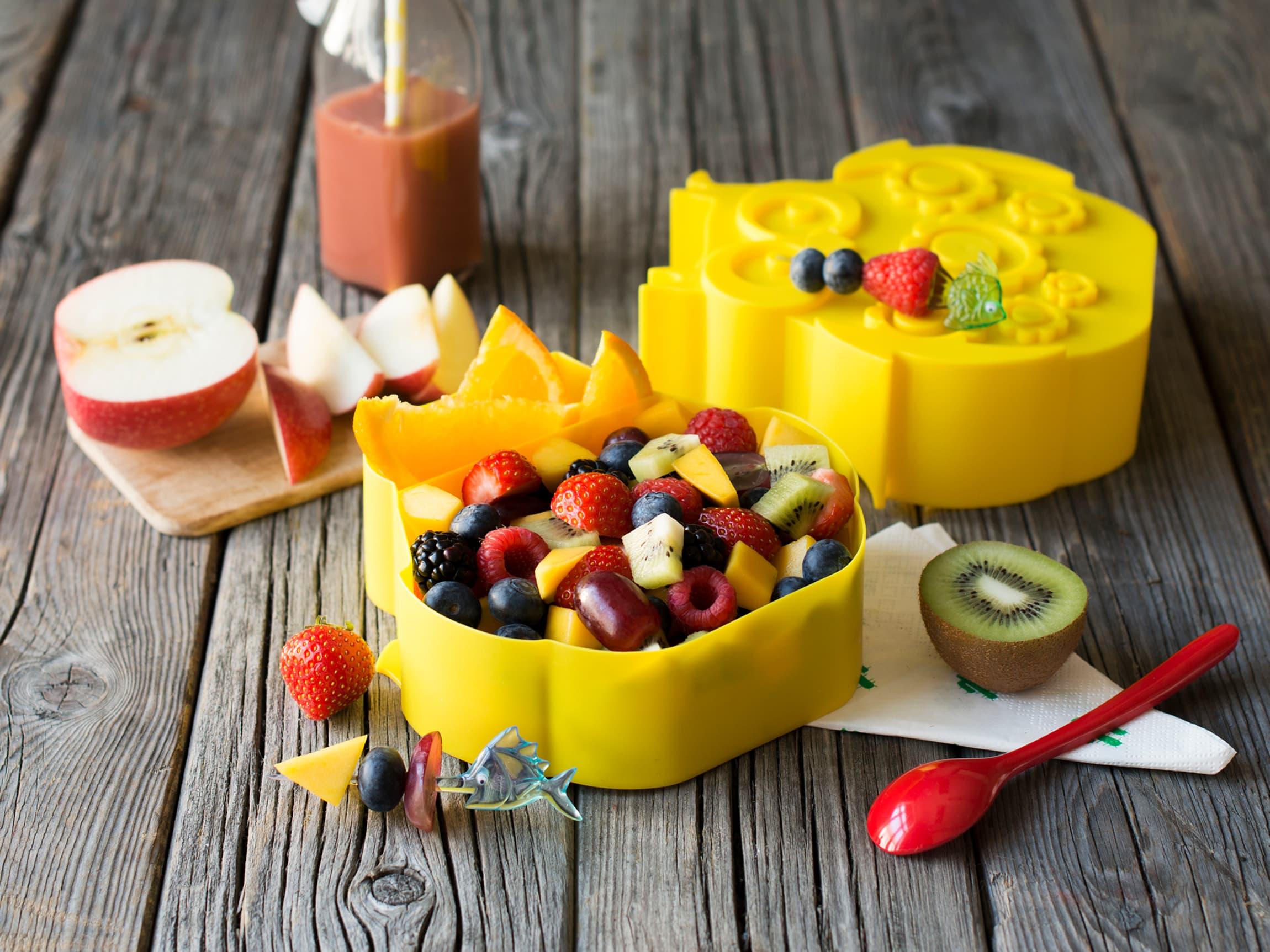 Kutter du opp frukten spiser både voksne og barn mer!