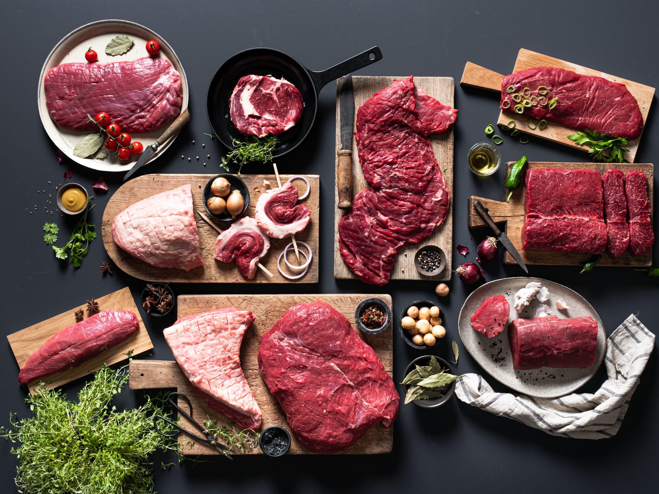 Flat iron, culotte, teres major, tri tip, flank steak og skirt steak er blant Angus-biffene du finner hos MENY