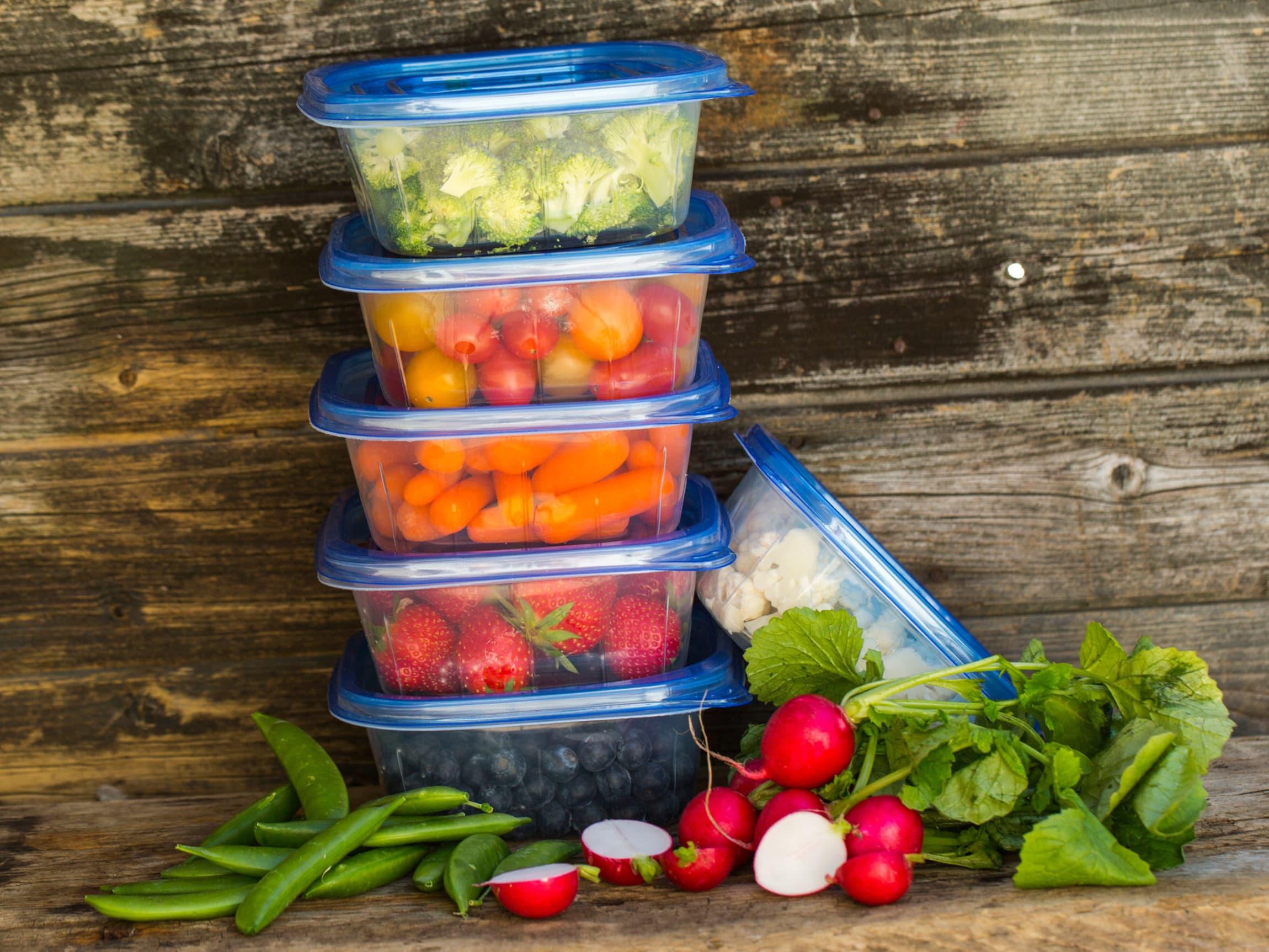 Pakk grønnsakene godt inn, gjerne i en boks, for at de skal holde lenger.