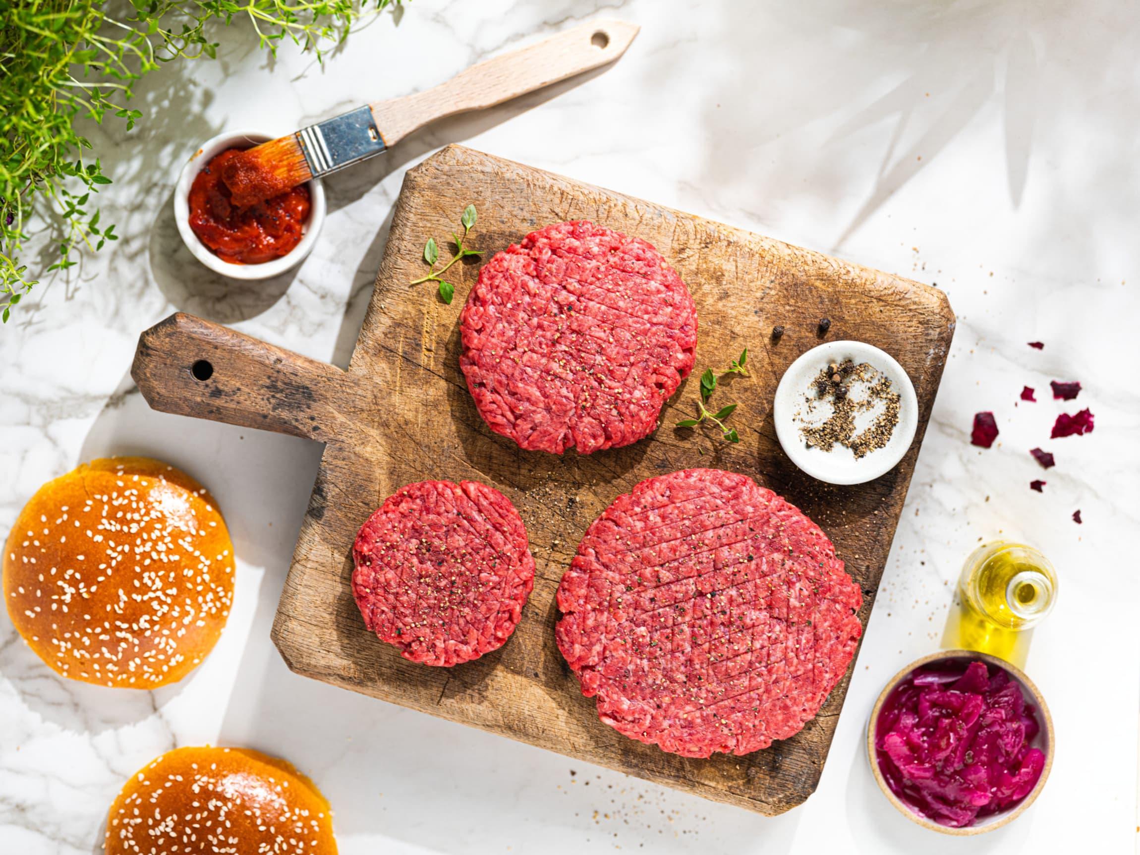 Vår beste angusburger får du i 3 størrelser: 70g, 130g og 180g