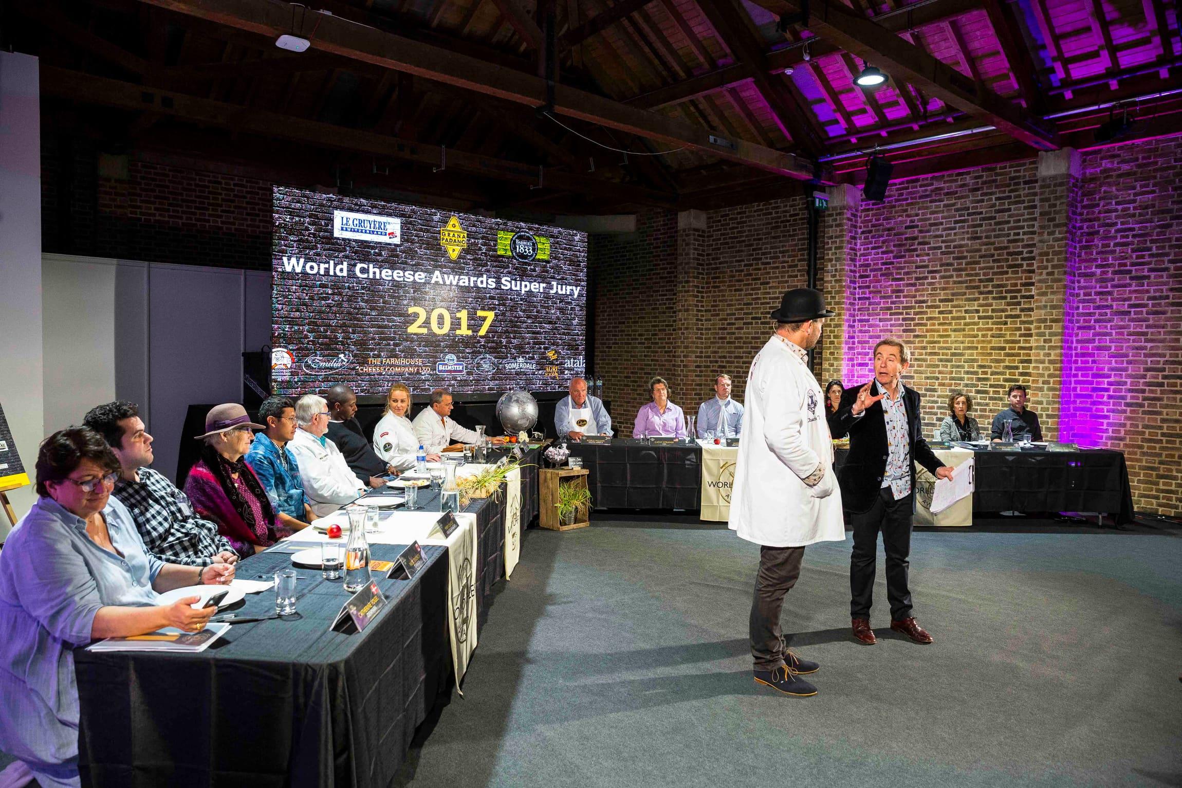 Se film og opplev stemningen fra London høsten 2017, der Cornish Kern fra Lynher Dairies Cheese Company gikk av med seieren.