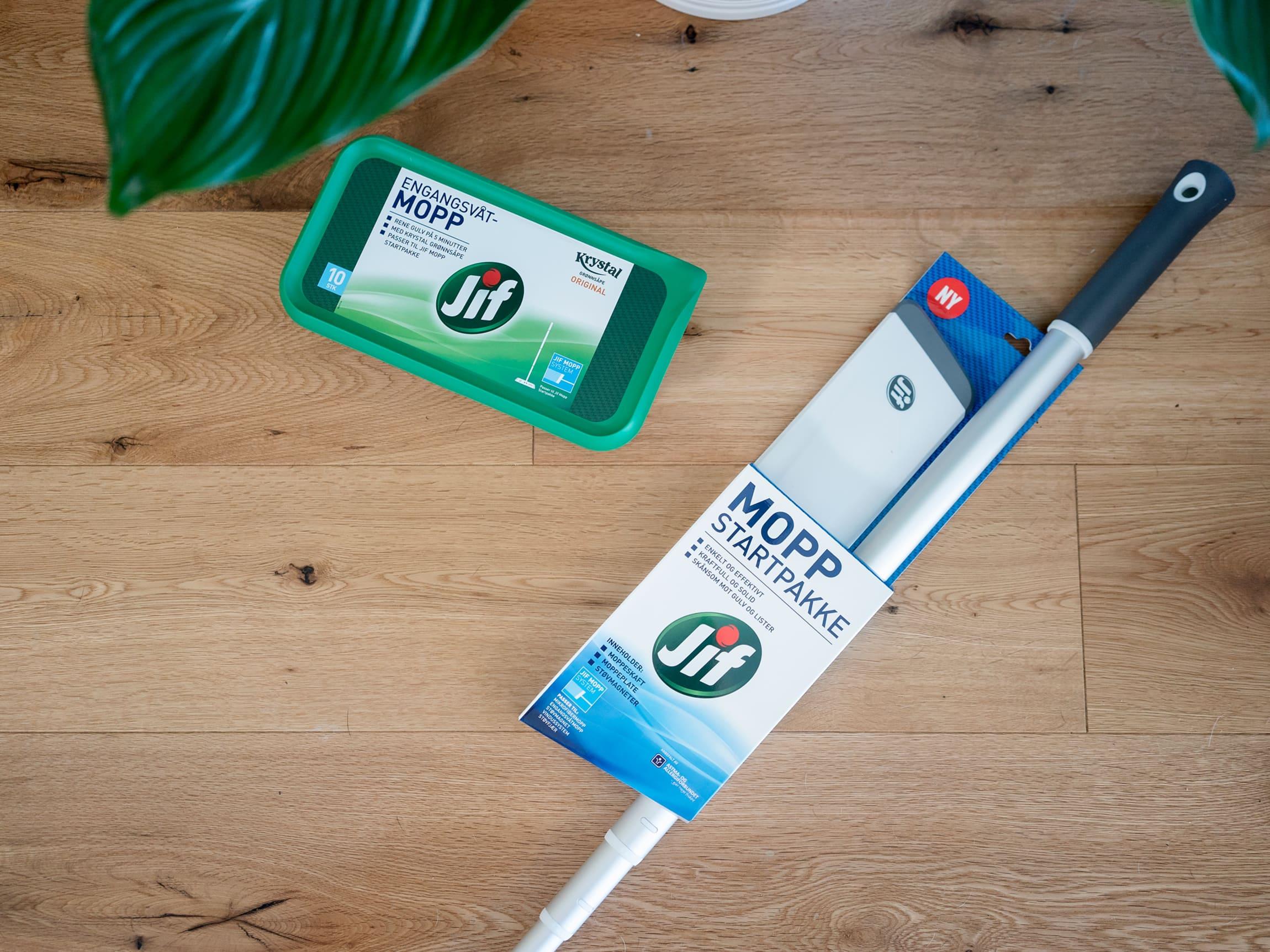 Kjapp gulvvask gjøres enkelt med Jif mopp