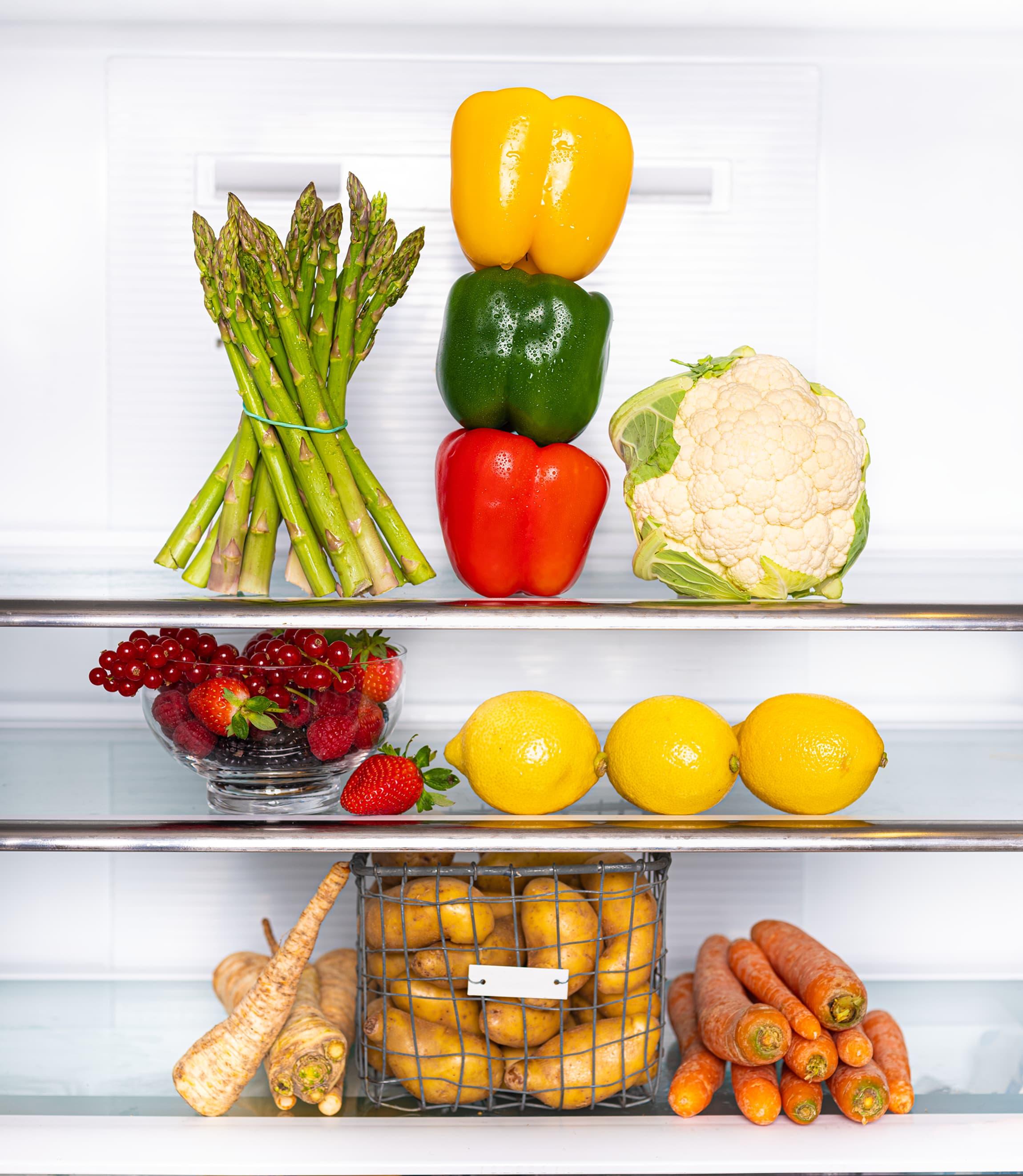 Er kjøleskapet fullt av slappe grønnsaker? Gi de et vannbad så skal du se at de får tilbake spentsen.
