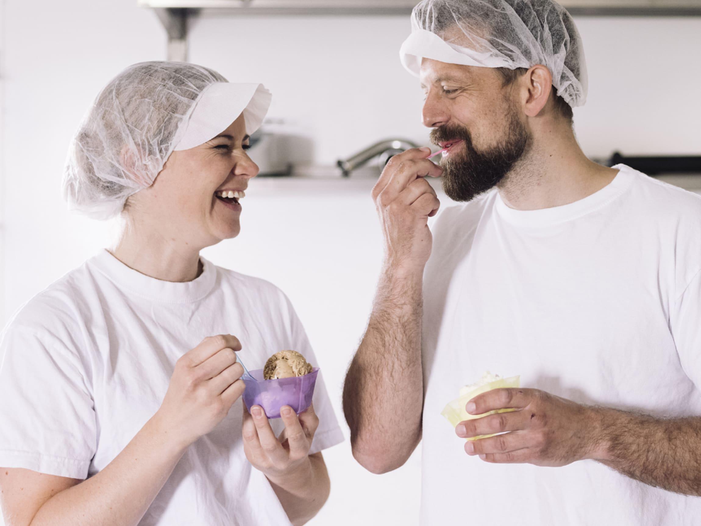 På Iskremgarden lages det iskrem av høy kvalitet med mange spennende smaker - og de produserer også Jacobs Utvalgte iskrem.
