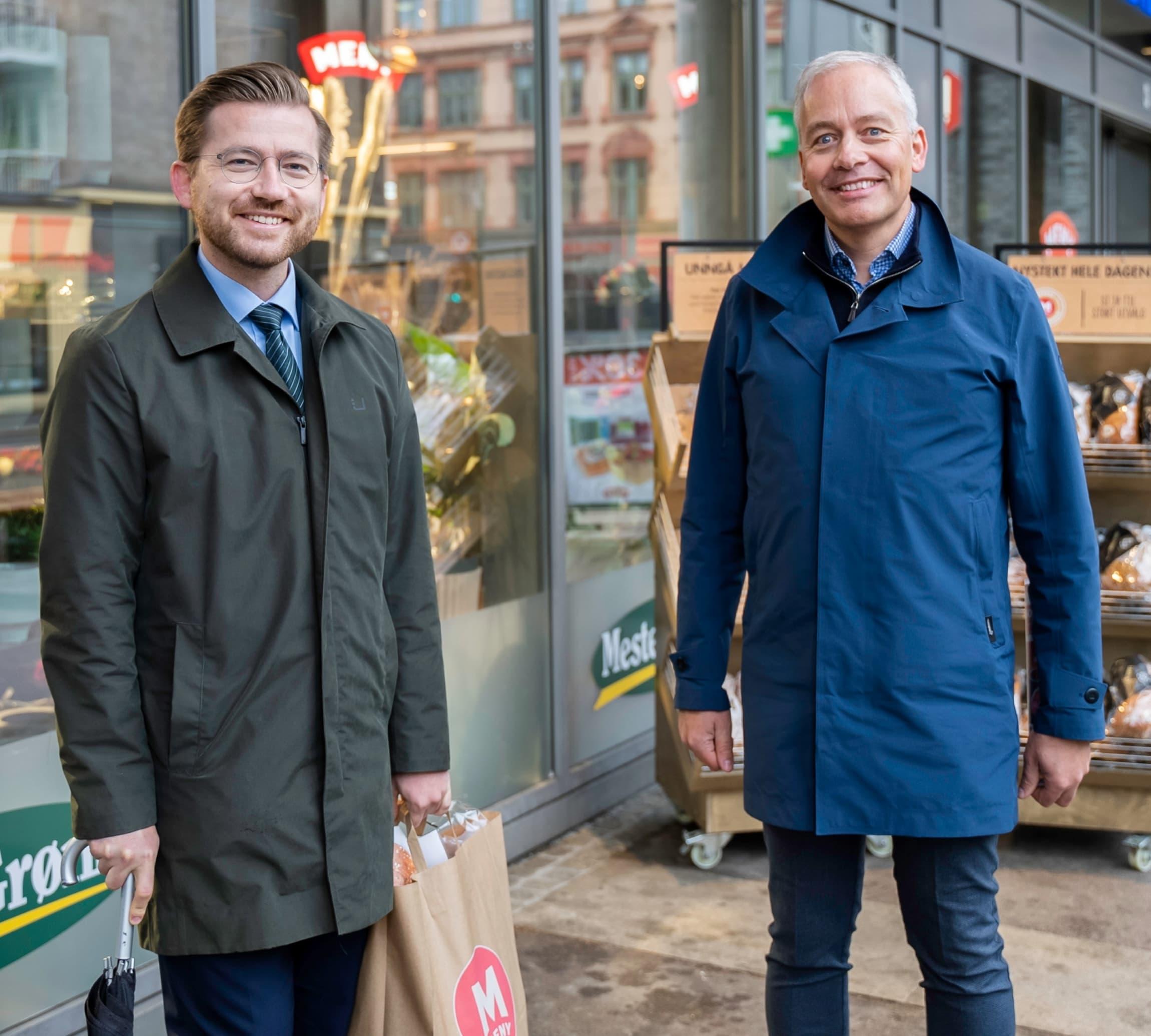 Klima- og miljøvernminister Sveinung Rotevatn og kategoridirektør i MENY, Einar Gundersen