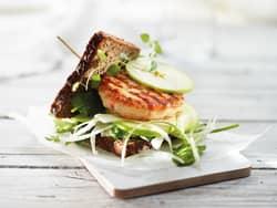 Fiskeburger med eple og fennikel