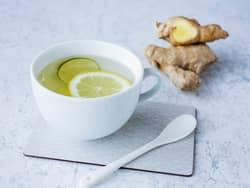 Ingefær-te med sitron og honning