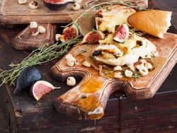 Ovnsbakt camembert med fiken