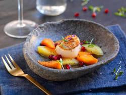 Stekt kamskjell med appelsinkokte gulrøtter